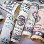 Tiền không mua được gì? [Sách hay]